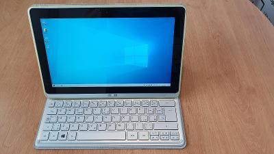 Tablet ACER Iconia Tab W700 s dokovací stanicí