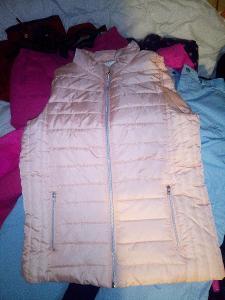 10 kg zimních a jarních bund ,zateplené kalhoty a kombinézy