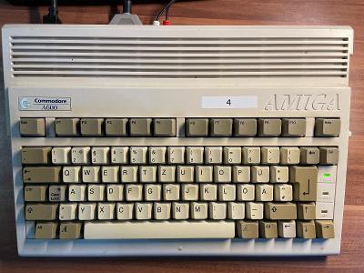 Plně funkční Amiga 600 od 1,- Kč