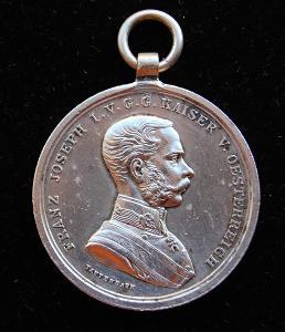 František Josef I. - Medaile za statečnost / DER TAPFERKEIT