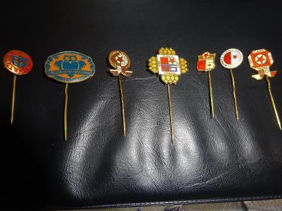 7 x odznak SK SLAVIA PRAHA