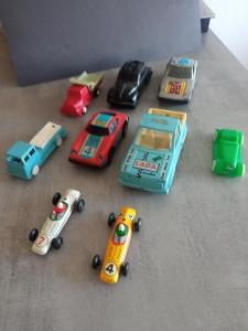 9 ks retro autíček ites,směr,igra a další !!!!