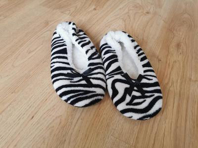 boty chlupaté bačkory  37