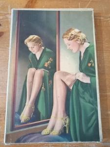 Stará reklama, papírová krabička žena silonky krásný motiv