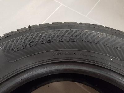 Zimní pneumatiky Nokian 205/65 R15 94T - nepoužité
