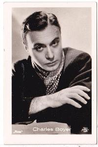 Fotoska s hercem Charles Boyer  (4.5x7 cm)