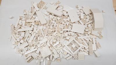 Lego díly bílé 0,75 kg od Legomania