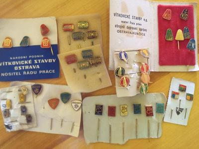 Odznaky různé i série barev krása