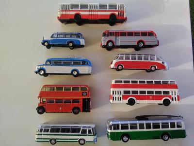 Autobusy Agostini 1/72
