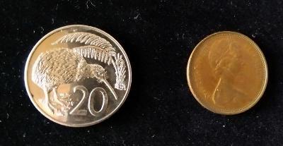 1 Rupees 2012 a 5 Rupees 2010  India (RARITA)