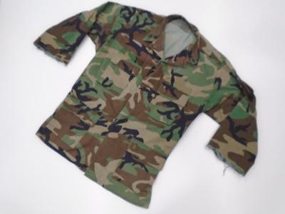 Originál. US Navy blůza v mask. Woodland, zkrácené rukávy, XL použitá