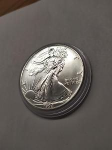 Investiční stříbrná mince American Eagle 1oz 1992