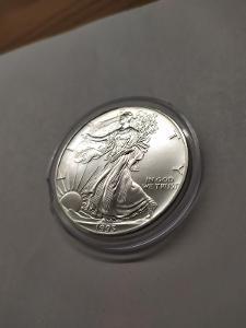 Investiční stříbrná mince American Eagle 1oz 1993