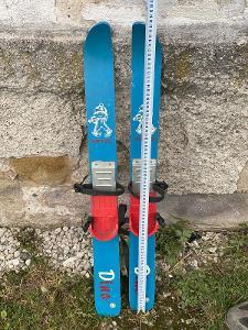 Staré RETRO dětské lyže Artis Dino