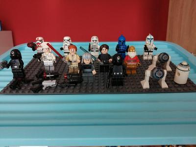 Směs LEGO  figurek a mix příslušenství č.3