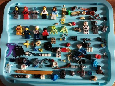 Směs LEGO  figurek a mix příslušenství č.5