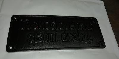Československé státní dráhy, litinový štítek