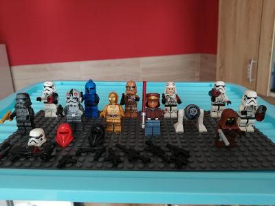 Směs LEGO  figurek a mix příslušenství č.2
