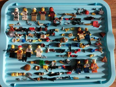 Směs LEGO  figurek a mix příslušenství č.7