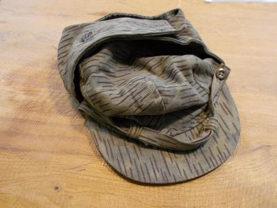 Vojenská jehličková  čepice vel.60- od 1kč