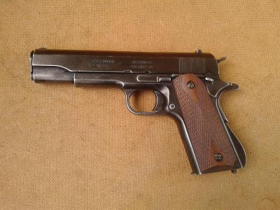 Pistole Colt 1911- U.S. válečná legenda, DEKO Model