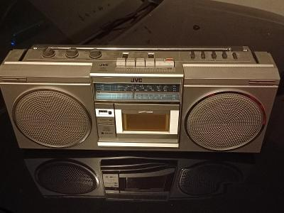 Radiomagnetofon JVC
