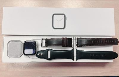 Apple Watch 4, 40mm Aluminium