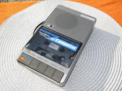Panasonic - RQ 8100 - starý kazeťák