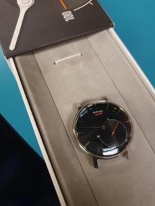 Withings Activité (verze Sapphire Swiss Made!) výdrž baterie 1/2 roku!