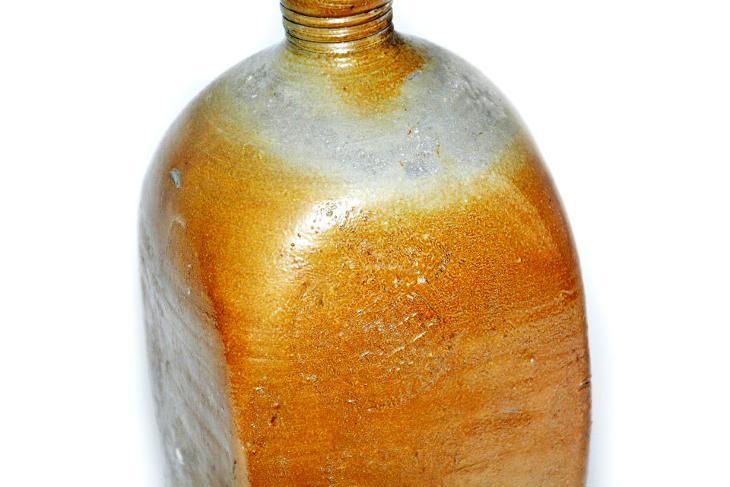 kameninová lahev 1,5l - Nápojový průmysl