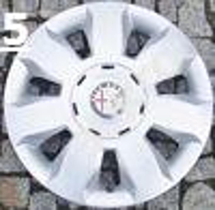 ALFA ROMEO poklice 14'' 147 156 159 166 GT  7vzoru - Náhradní díly a příslušenství pro osobní vozidla