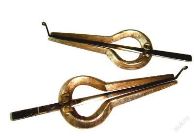 Pár ocelových Morsing, čelist harfa, ústa harfa.
