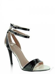 Krásné sandálky vel 35
