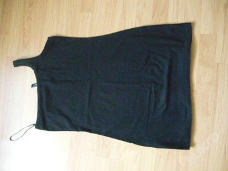 Dámské elastické šaty CRAZY WORLD-TAKKO- top stav - Dámské oblečení