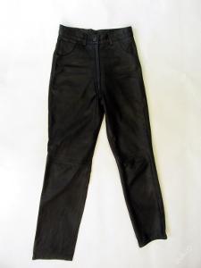 Dámské kožené kalhoty vel. 38 - pas: 70cm - (710