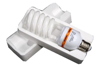 Petricard   Spirálová úsporná foto zářivka E27 / 35W/ 5500K