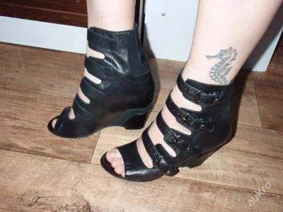celokožené letní boty na klínku  BIANCO vel.39