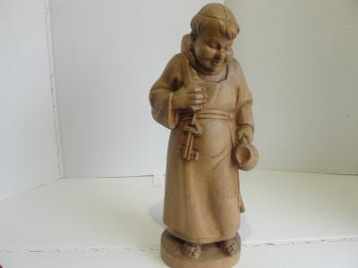 Dřevěná socha, Mnich