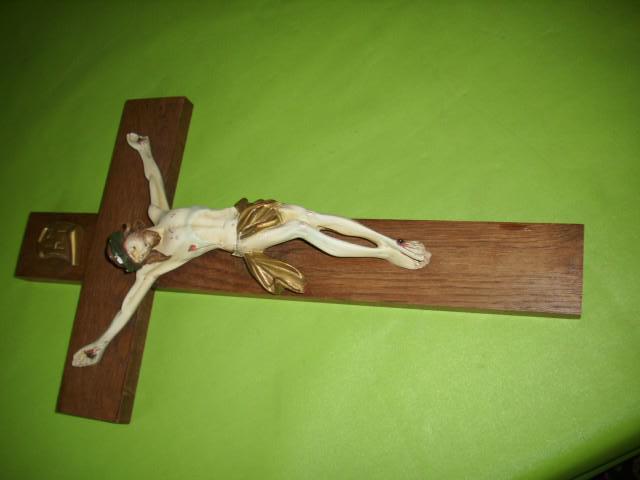 STARY DREVENY KRIZ SE SADROVYM JEZISEM - Starožitnosti