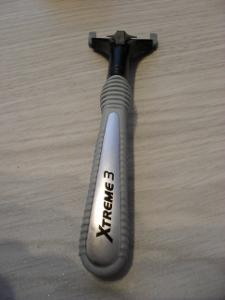 holící strojek Wilkinson Xtreme3