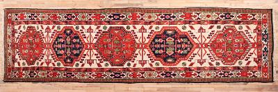 Perský běhoun z Hamedanu. 338 x 90cm