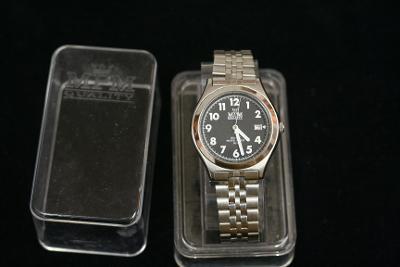 Pánské hodinky MPM, Quartz, celonerezové pouzdro