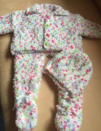 Pletená soupravička na mimčo čepička ,svetřík, pon - Oblečení