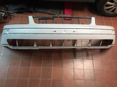 Přední nárazník VW PASSAT (3B080723)