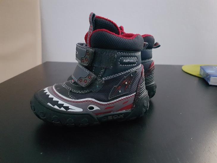 Dětské svítící zimní boty Geox vel.22  9a6bd4cdd6
