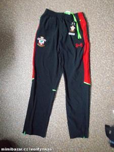 sportovní kalhoty Under armour vel.170-XL