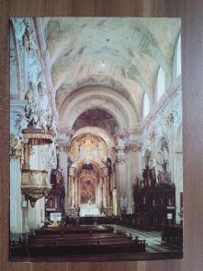 Velehrad - bazilika - interiér