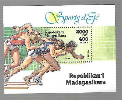 MADAGASKAR block 262 Start běžců **