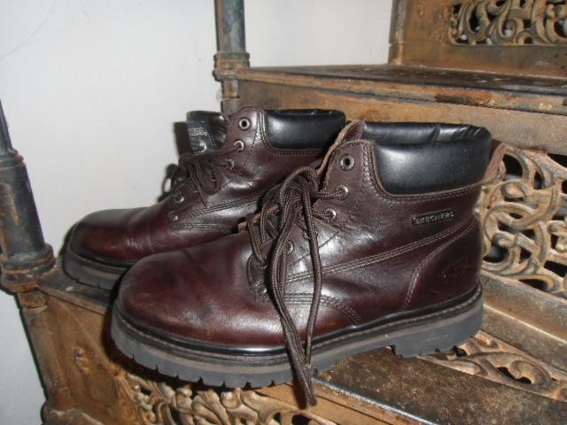 88bb39c2584 boty farmářky Skechers vel. 41
