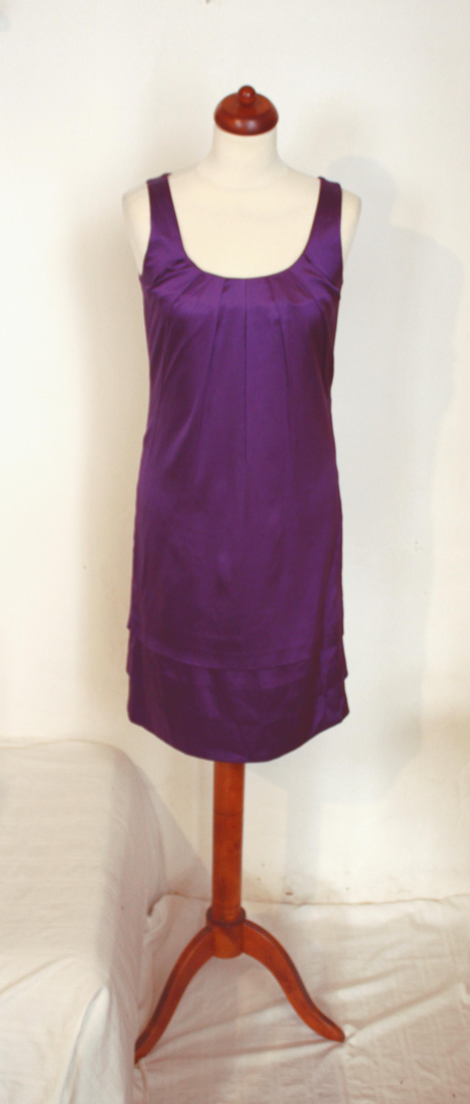 Krásné letní či společenské hedvábné šaty COMMA fbb689d88c